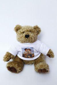 plüss mackó fényképes pólóban, fényképes macipóló, maci pólóban, pólós mackó, pólós maci, pólós medve, plüss állatra póló,